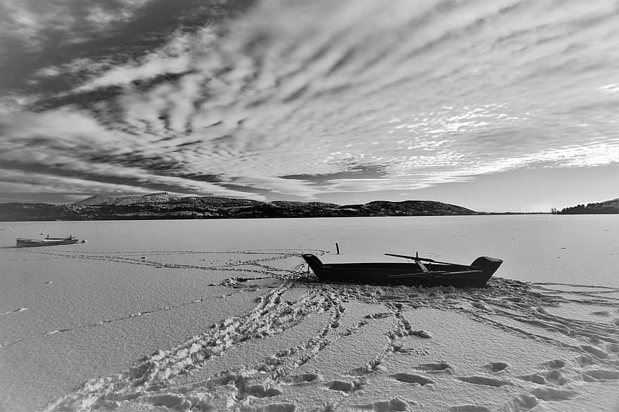 Plázs: A magány a negyveneseknek a legnehezebb | bestgumi.hu