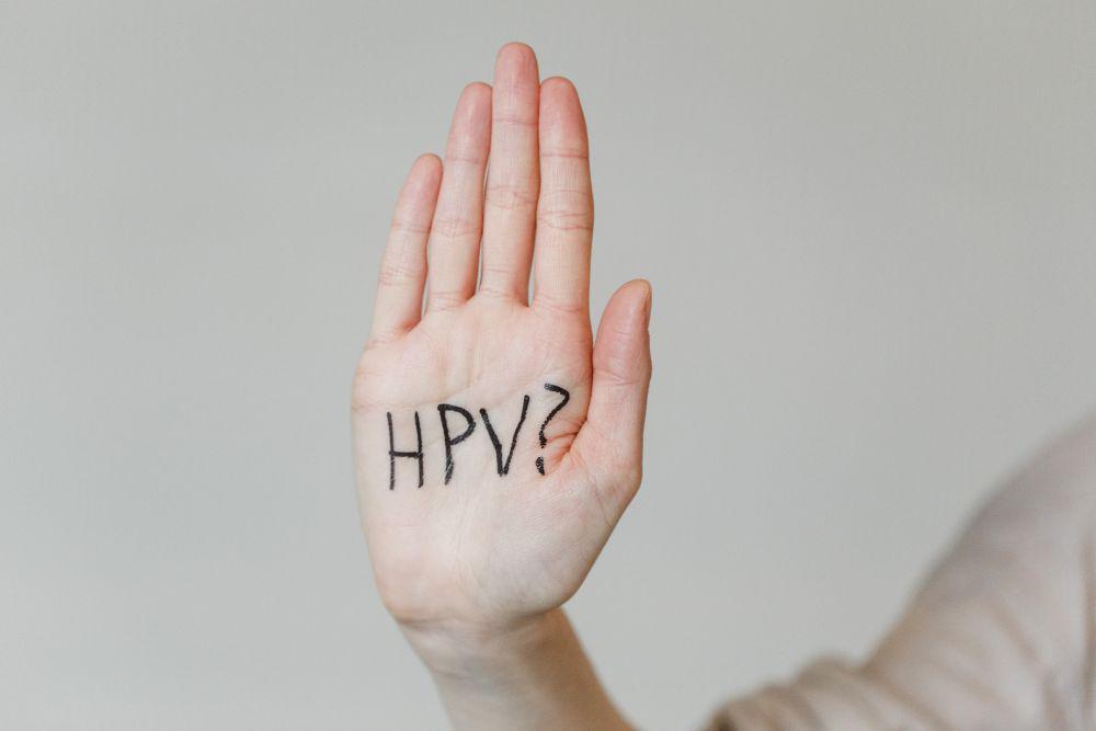 Drámai mértékben csökkent a méhnyakrák előfordulása Skóciában a rutinszerű HPV-oltás miatt