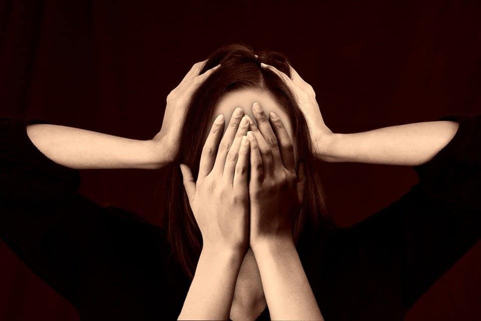 A szexuális úton terjedő betegségek és tüneteik A genitális szemölcsökhöz hasonló betegség